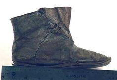 Medieval shoe 1(Beta Muuseum Collection, Torronto, Ontario)