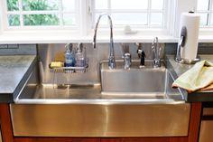 Kitchen Sink. Farm Style Kitchen Sinks, Modern Kitchen Sinks, Apron Sink Kitchen, Kitchen Sink Design, Farmhouse Sink Kitchen, Modern Farmhouse Kitchens, Cool Kitchens, Kitchen Decor, Farm Sink
