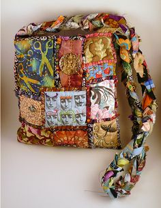 Teesha Moore takes over my home - how many patches can I make in a year? - PURSES, BAGS, WALLETS