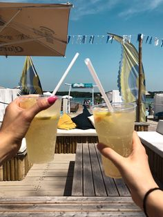 Beach life with best friends best sister love you lemonade sea summer feeling cheers for the sun yellow bff photo ideas Best Sister, Sister Love, Summer Feeling, Lemonade, Cheers, Bff, Photo Ideas, Alcoholic Drinks, Best Friends