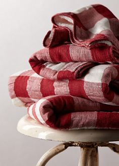 luxurious check towel collection #anthrofave - take an extra 25% off with code EXTRAEXTRA  http://rstyle.me/n/qvhhnpdpe