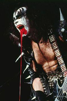rocknrollhighskool:  Gene Simmons in full on blood dribbling demon mode on stage with Kiss, Feb 23, 1976