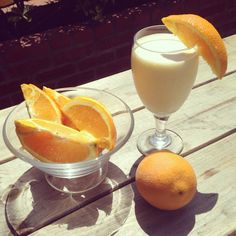 Orange creamsicle smoothie recipe: 1 premier protein vanilla shake tablespoons of orange juice concentrate ice cubes blend until smooth and enjoy! Smoothie Recipes With Yogurt, Protein Smoothie Recipes, High Protein Recipes, Protein Snacks, Healthy Smoothies, Healthy Drinks, Healthy Eating, Orange Creamsicle Smoothie Recipe, Premier Protein Shakes
