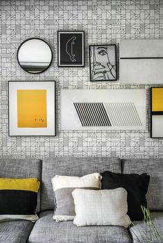 布鲁盟室内设计 | 惠阳 · 实地常春藤 B1B2户型 Wall Collage, Frames On Wall, Interior Design Living Room, Living Room Designs, Living Room Decor, Ad Art, Inspiration Wall, Abstract Wall Art, Hanging Art