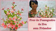ARRANJO FLOR DE PESSEGUEIRO DE EVA SEM FRISADOR -  DIY Flower Video, Foam Sheets, Bonsai, Paper Flowers, Flower Arrangements, Diy And Crafts, Frame, Pasta, Youtube