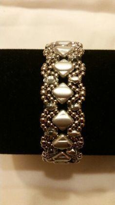 Steel, bead weaving, Silky beads, superduo, cup button, bracelet pattern