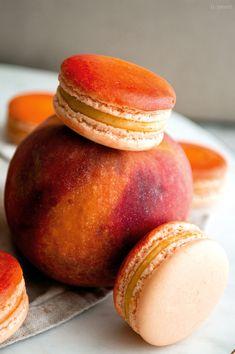 Peach Cobbler Macarons — b. Gourmet Recipes, Baking Recipes, Cookie Recipes, Dessert Recipes, Gourmet Foods, Sweet Desserts, Just Desserts, Macaron Flavors, Cake