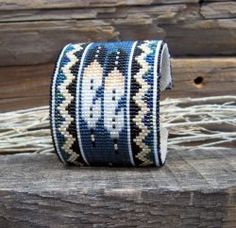 Desert Sage Bead Art: ....Denim-Navy-White