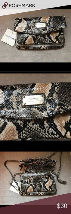 🔅Price Drop🔅Nine West ShoulderBag/Wristlet Nine West Snake Print. Brand New. Detachable strap. Various Compartments. Nine West Bags