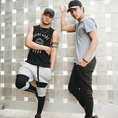 Richard and Joel Cnco Richard, Latin Music, Bts J Hope, Celebrity Outfits, Celebs, Celebrities, Asian Boys, Boy Bands, Fangirl