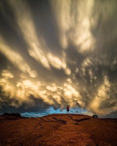 Crazy awesome clouds for days... courtesy of the very talented @iloveutah ✨ . The most Utah love on Instagram (unofficially) awaits in Kenyon's gallery, so check it out!  __________________________________________________ Photo selected by @momentsofblonde . Keep tagging your awesome photos of Utah #weRutah and thanks for your support!🙏🏼