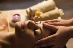 Melt away your anxiety and tension at Casa Thai Spa. One of the Best Thai Spa Massage in Vashi Get Full Body Massage and refresh your soul and body. Massage Cranien, Thai Massage, Facial Massage, Massage Therapy, Massage Benefits, Spa Facial, Comment Faire Nail Art, Massage Oriental, Nail Art Ombré