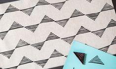 Hand Printed Fabric, Block Printing On Fabric, Block Print Fabric, Block Prints, Stamp Carving, Fabric Stamping, Stamp Printing, Diy Papier, Stamp Pad