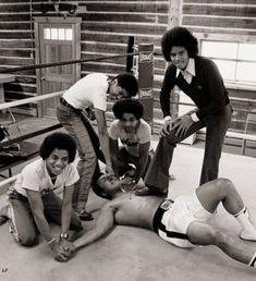 Muhammad Ali VS Jackson five