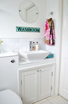 Eclectic Bathroom Bath Design Ideas, Pictures, Remodel and Decor Cloakroom Sink, Small Bathroom Sinks, White Bathroom Tiles, Bathroom Plans, Washroom, Cloakroom Ideas, Family Bathroom, Bathroom Ideas, Bathroom Bath