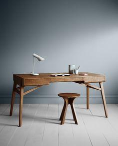 'Tuki' desk from the Tuki Collection by Melbourne furniture designer George Harper from Tide Design. Classic Furniture, Table Furniture, Luxury Furniture, Furniture Decor, Modern Furniture, Furniture Design, Furniture Removal, Timber Furniture, Modular Furniture