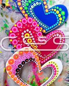 Ya estamos trabajando para el mes del #amor y la #amistad.  Que mejor regalo que estos bellos y coloridos llaveros en forma de corazón.  #ClaudiaCassani  Pedidos vía web & whatsapp [ver perfil]