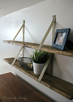 New-DIY-Wood-Pallet-Shelves-by-Creatively-Living.jpg-731x1024