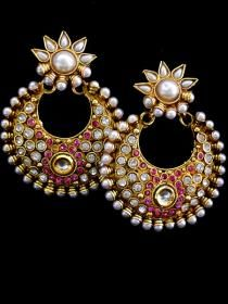 Beautiful polki designs. Elegant style with traditional look.