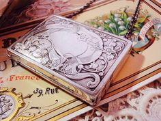 ❥ silver case