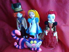 Alice, Rainha de Copas, Chapeleiro Maluco e Gato Cheshire - Encomenda da Samara