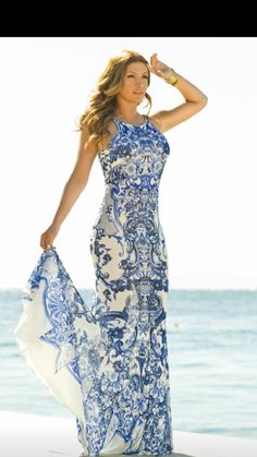 So in love with this summer dress! Perfect for Greece!