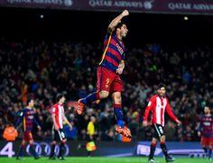 Barcelona aplasta al Sporting; Suárez anota tres goles