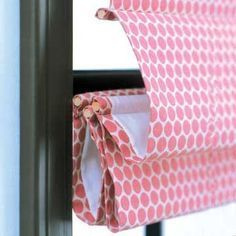 DIY Roman Shade - I would make one of these for every room in the house!!! #windowshades
