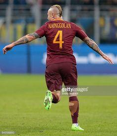 News Photo : Radja Nainggolan of AS Roma celebrates his goal...