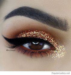 Awesome gold glitter eye makeup for brown eyes #beautymakeupforbrowneyes #GlitterMaquillaje