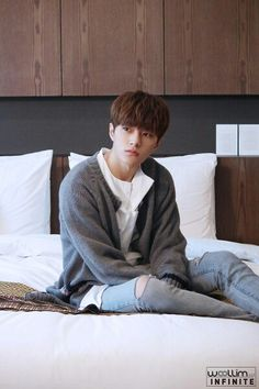 [231116 ©BM] 161118 Woollim Naver Post Update: Hotel Advertising Camera - #INFINITE #L #Myungsoo