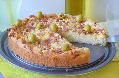 Carmen - La cocinera La torta portuguesa es un delicioso pastel salado que se prepara de forma muy fácil y rápida, solo tendremos que batir unos minutos con la licuadora o batidora para tener lista su masa. Algunos llaman a esta torta la 'pizza portuguesa', aunque , en mi opinión la torta tiene una textura mucho más jugosa y […] La entrada TORTA PORTUGUESA acaba de publicarse en COCINANDO A MI MANERA.