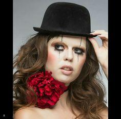 Beauty clown makeup