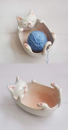 New knitting yarn bowl gifts Ideas - Dıy – Einfache Bastelideen Ceramic Pottery, Ceramic Art, Ceramic Bowls, Cerámica Ideas, Cat Accessories, Cat Crafts, Crochet Gifts, Cat Crochet, Knitted Cat
