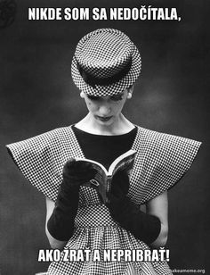 Retro Fashion Woman Wearing Wide Shoulder Fashion Look Photographic Print - Photos Black And White, Black And White Portraits, Black And White Photography, Black White, Vintage Dior, Vintage Glamour, Retro Vintage, Vintage Woman, Vintage Couture