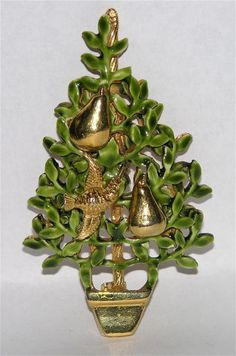 Partridge in a Pear Tree Christmas Pin +