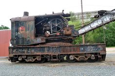 Surviving Railway Steam Cranes of North America Ho Scale Buildings, Hobby Trains, Rail Car, Antique Iron, Model Train Layouts, Coal Mining, Steam Engine, T Rex, Great Pictures