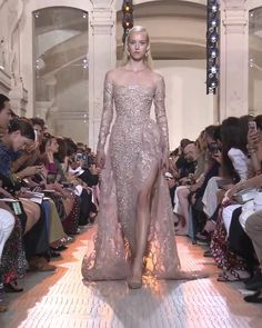 Beautiful Embroidered Pearl Slit Sheath Evening Maxi Dress / Evening Gown with Long Sleeves, Off Shoulder Illusion and a Train. Runway Show by Elie Saab Haute Couture Dresses, Couture Fashion, Runway Fashion, Gala Dresses, Event Dresses, Beautiful Gowns, Classy Outfits, Pretty Dresses, Evening Gowns