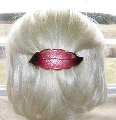 VTG HAIR CLIP GRIP BARRETTE HEAD PIECE LUCITE PLASTIC 2 TONE BURGUNDY LEAF SHAPE 30$