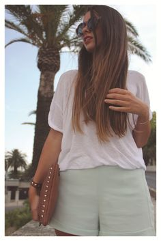 Ombre hair red lips inspiration valentino clutch mint shorts
