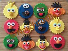 Planst Du eine Sesamstraßenparty? Mit diesen Muffin-Auflegern kannst Du die Charaktere der Sesamstraße schnell auf Deine Muffins zaubern. Viel Spaß bei Deiner Sesamstraßenparty. Weitere schöne Ideen für Deinen Kindergeburtstag findest Du auf blog.balloonas.com #sesamstrasse #sesamestreet #elmo #ernie #bert #kindergeburtstag #balloonas #balloonas4you