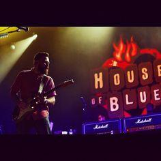 """Ontem a gritaria foi no """"house of blues"""". #bluefeelings"""