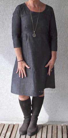 Kleid aus der Ottobre 5/2012 Foto von http://smilas.blogspot.de