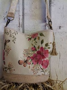 Maľovaná ľanová kabelka so šatkou Mobiles, Burlap, Folk, Reusable Tote Bags, Throw Pillows, Toss Pillows, Hessian Fabric, Popular, Cushions