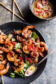 Honey Garlic Korean BBQ Grilled Shrimp Korean shrimp on the grill for an easy Monday dinner! The post Honey Garlic Korean BBQ Grilled Shrimp. appeared first on Half Baked Harvest. Grilled Shrimp Recipes, Seafood Recipes, Dinner Recipes, Korean Bbq Shrimp Recipe, Grilled Prawns, Korean Bbq Grill, Grilling Recipes, Cooking Recipes, Grilling Tips