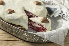 Red velvet -kakku Home Food, Red Velvet, Camembert Cheese, Pudding, Pie, Desserts, Recipes, Torte, Tailgate Desserts