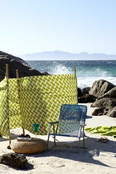 Love the easy and inexpensive idea for making a gorgeous screen for the beach. image from  lifestyle | tara sloggett