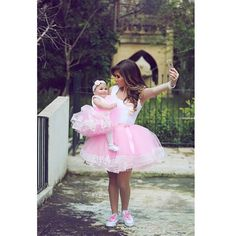 #ShareIG Mother and daughter tutus x selfies | Photography: @saidmhamadphotography