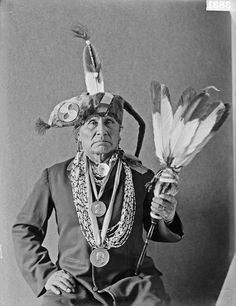 https://www.facebook.com/pages/Native-American-Indian-Old-Photos/10150102703945578?fref=ts