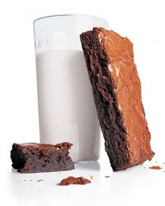 Whip up quick chocolate desserts from Martha Stewart. Our collection of speedy recipes includes chocolate cookies, chocolate cake, brownies, and more. Brownie Recipes, Chocolate Recipes, Cookie Recipes, Dessert Recipes, Vegan Brownie, Just Desserts, Delicious Desserts, Double Chocolate Brownies, Melted Chocolate
